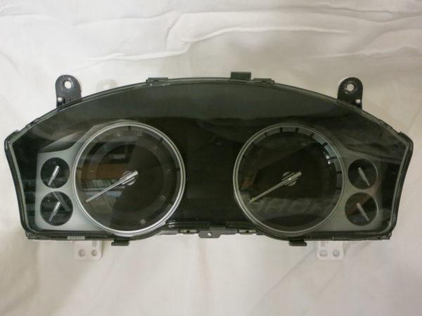 Приборная панель Toyota Land Cruiser 200