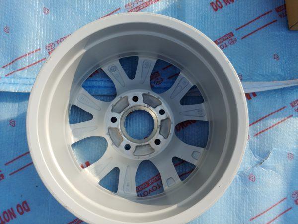 Оригинальные диски Toyota LC200 R18